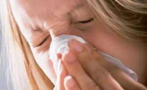 鼻血や鼻づまりなどの症状がみられます